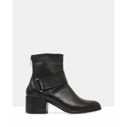 Ada Ankle Boots BLACK by Beau Coops
