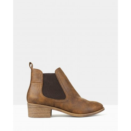 Damn Chelsea Boots Tan by Betts