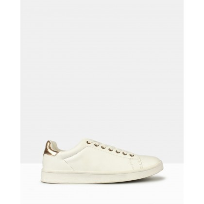 Mynx Lace-Up Sneakers White by Betts
