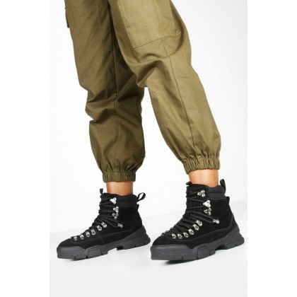 Suede Lace Up Chunky Hiker Boots in Black