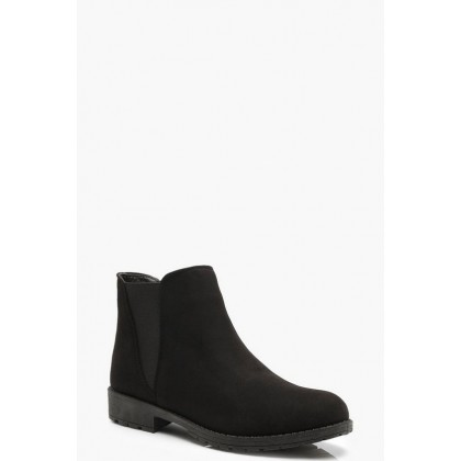Chunky Cleated Chelsea Boots in Black