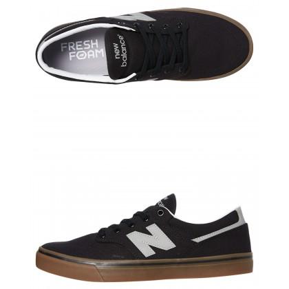 331 Mens Shoe Black Gum