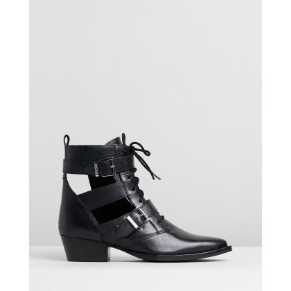 Jacky-Jo Cut-Out Boots Black by Bronx