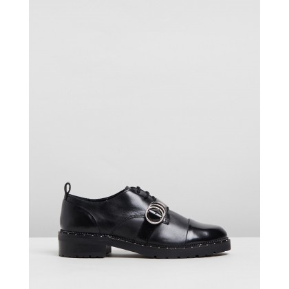 Kingdom Leather Low Shoes Black by Bronx