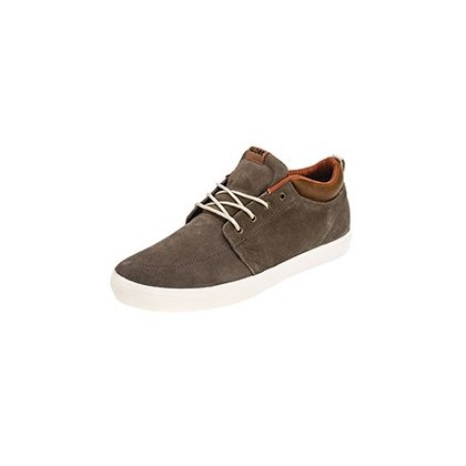 GS Chukka Shoes in Walnut/Off White by Globe