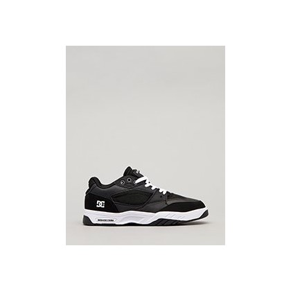 Maswell Shoes in Black/Black/White by DC Shoes