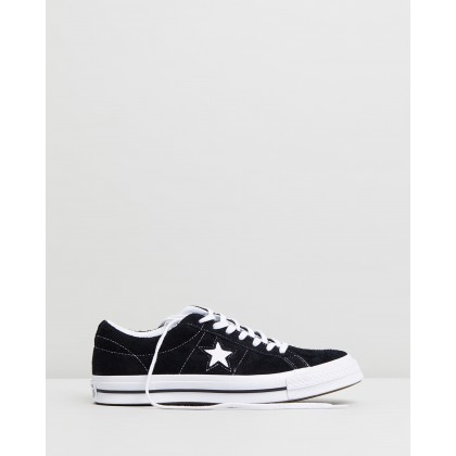 One Star - Unisex Black & White by Converse