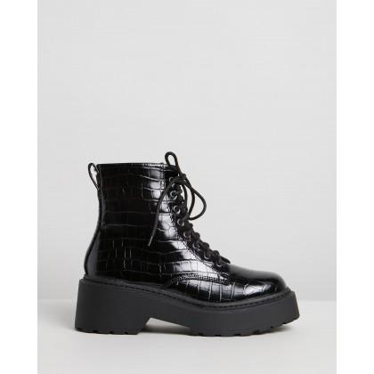 Fizz Ankle Boots Black Croc by Dazie