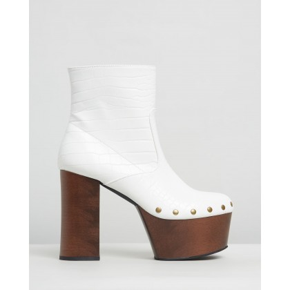 Stanley Ankle Boots White Croc by Dazie