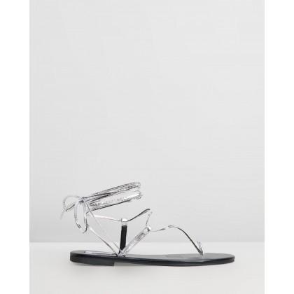 Louiz Sandals Silver Metallic by Dazie