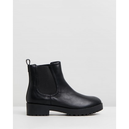 Wales Ankle Boots Black Smooth by Dazie