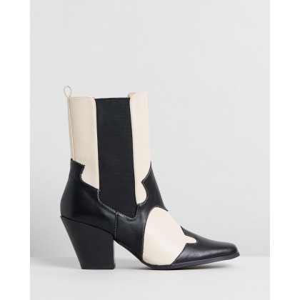 Sapphire Ankle Boots Black & Beige by Dazie