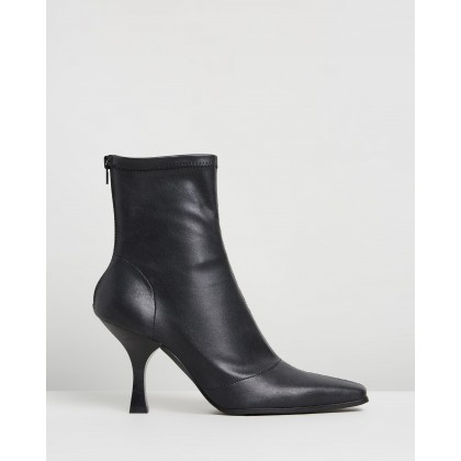 Vessa Ankle Boots Black Smooth by Dazie