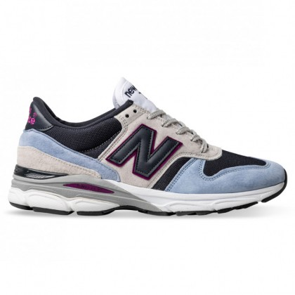 770.9 MADE IN ENGLAND Blue Navy Off White