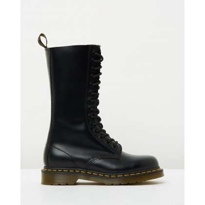 1914 Boots - Unisex Black Smooth by Dr Martens