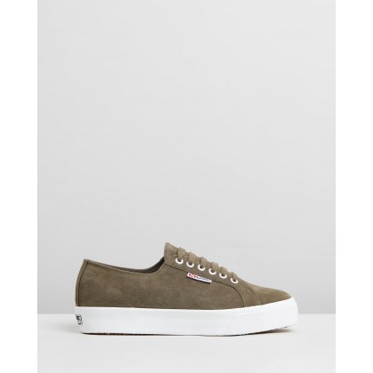 2730 Suede - Women's Green Wood by Superga