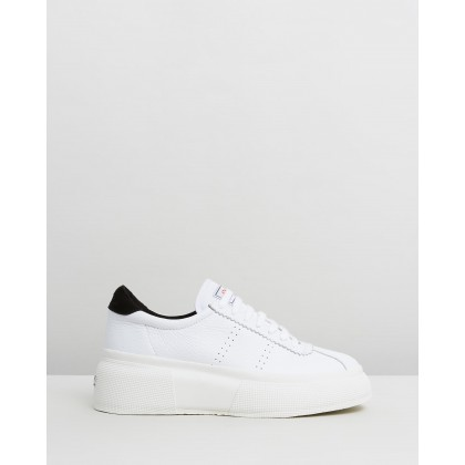 2822 Club 5 - Women's White & Black by Superga