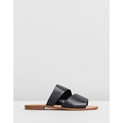 7 Em Down Black by Nine West
