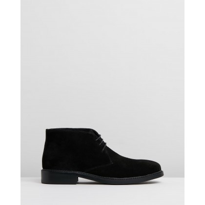 Abington Suede Chukka Black Oily by Double Oak Mills