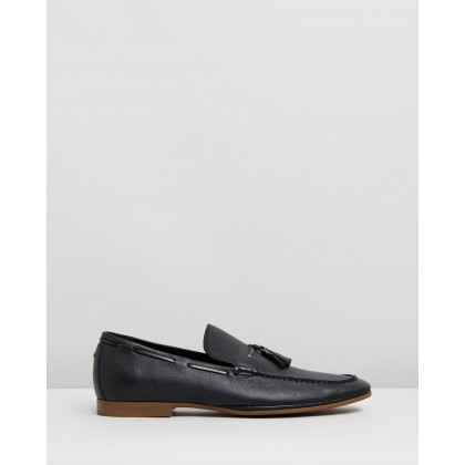Acuven Black Leather by Aldo