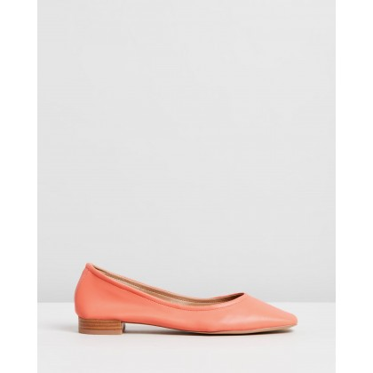 Adrianna Flats Coral Smooth by Spurr