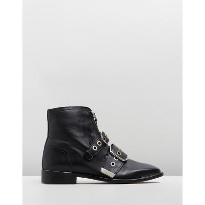 Alex Front Zip Boots Black by Topshop