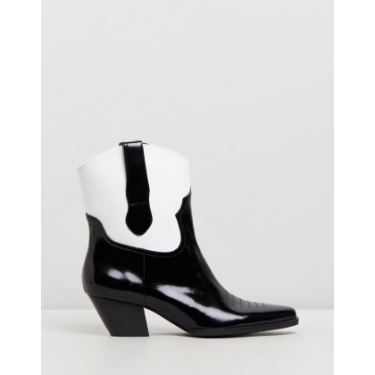 Allister Boots Black & White by Sol Sana