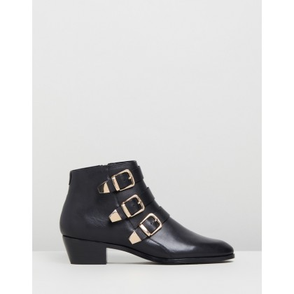 Alycia Leather Ankle Boots Black Leather by Atmos&Here