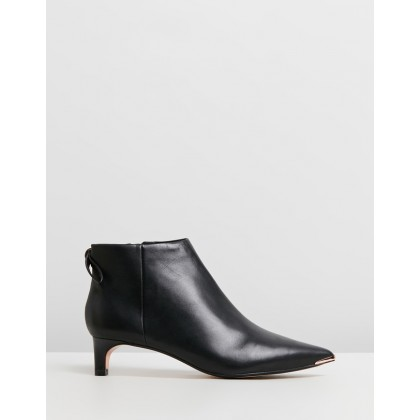 Amaedi Black Leather by Ted Baker