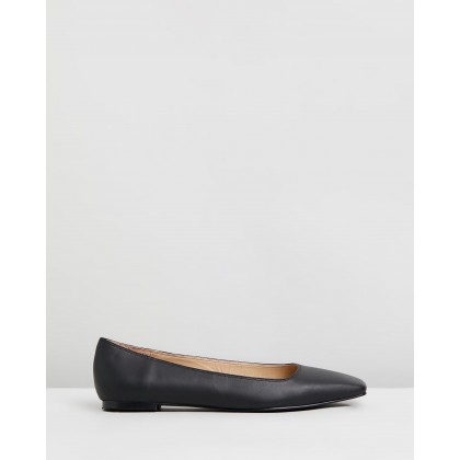 Anouk Leather Flats Black by Atmos&Here