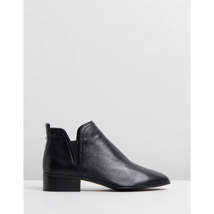 Araecien Black Leather by Aldo