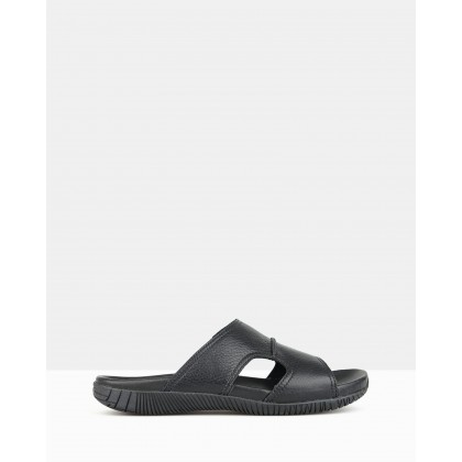 Archer Slip-on Sandals Black by Airflex