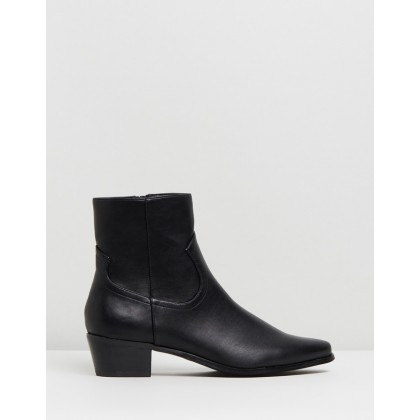 Baxter Ankle Boots Black Smooth by Spurr