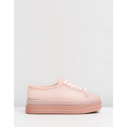 Be II Sneakers Nude Translucent by Melissa
