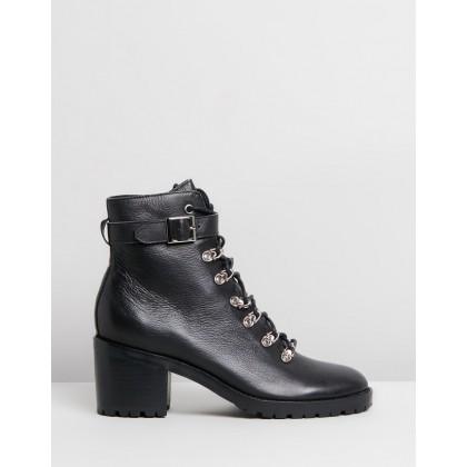 Beadie Black Leather by Mollini