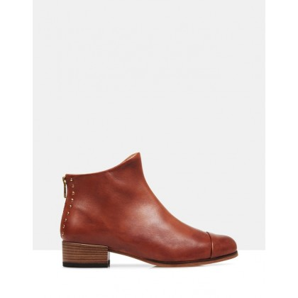 Beau5 Leather Ankle Boots Cognac by Beau Coops