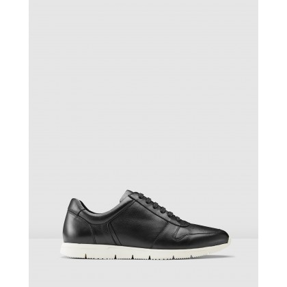 Benton Sneakers Black by Aquila