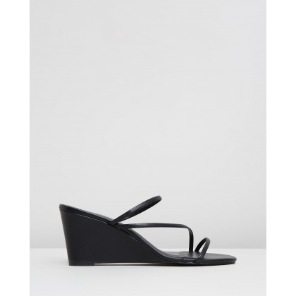 Bettina Wedges Black Smooth by Spurr