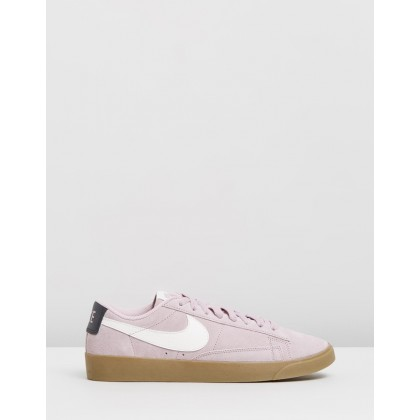 Blazer Low Suede - Women's Plum Chalk, Sail Oil, Grey Gum & Light Brown by Nike