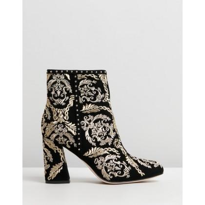 Block Heel Boots Black Contemporary by Camilla