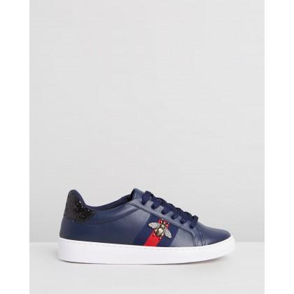Bumblebee Sneakers Navy by Vizzano