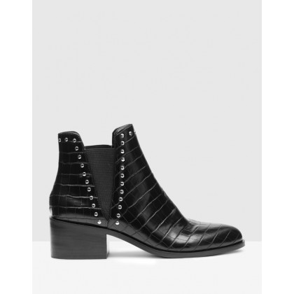 Cade Black by Steve Madden