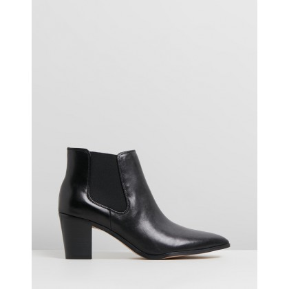 Caleb Black Leather by Nine West