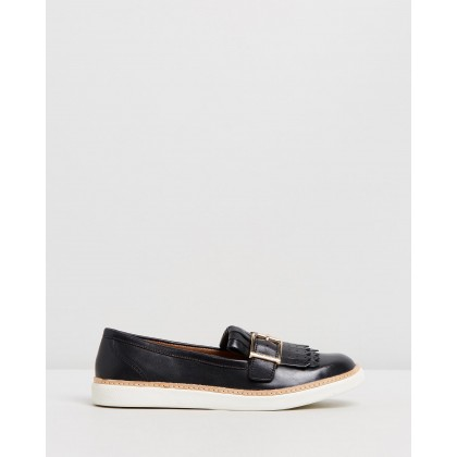 Cambridge Slip-On Loafers Black by Vionic