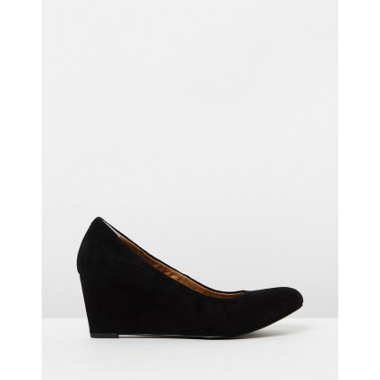 Camden Wedges Black Suede by Vionic