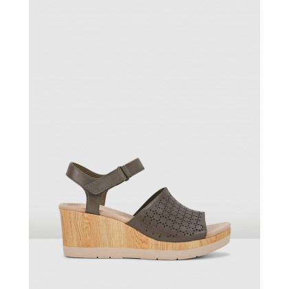 Cammy Glory Olive Leather by Clarks