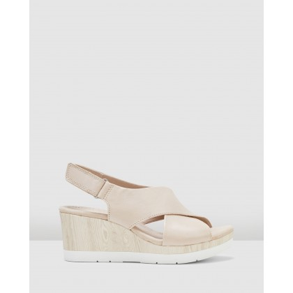 Cammy Pearl Nude Leather by Clarks