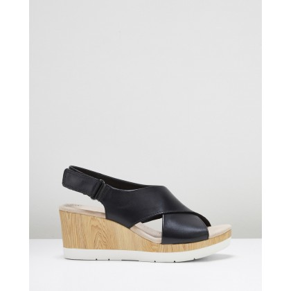 Cammy Pearl Black Leather by Clarks