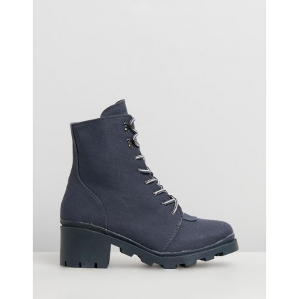 Canvas Hiking Boots Grey by Missguided