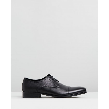 Capital Lace-Ups Black by Kenneth Cole